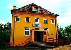 Bild: Karl-Liebknecht-Schule der DKP
